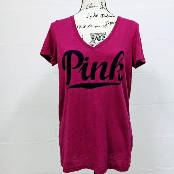 4c9b38e5eb3 PINK Victoria's Secret Graphic Script V-Neck Tee. M_5c9b4962f63eeab28f7ed609